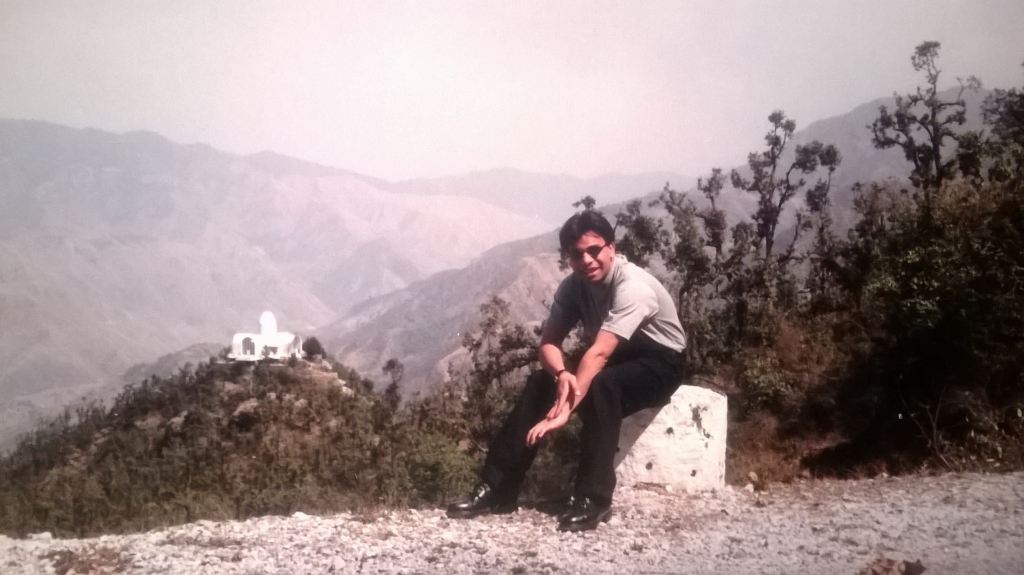 Walking in Chakrata & Mussoorie : India (Dec'99) 9