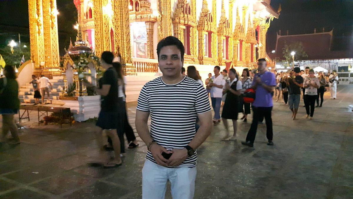 Walking in Wat Thepleela Temple, Bangkok : Thailand (May'17) 2