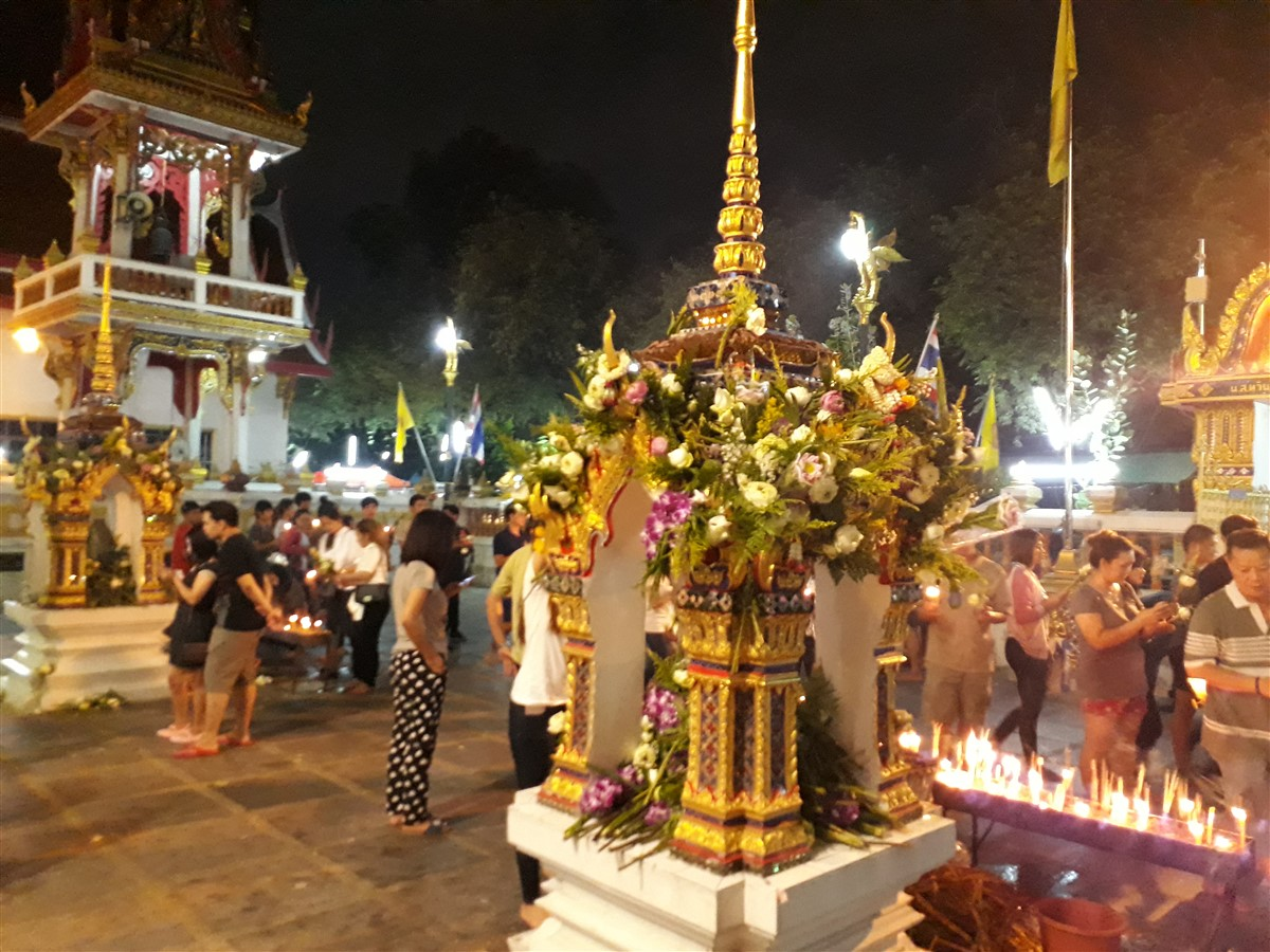 Walking in Wat Thepleela Temple, Bangkok : Thailand (May'17) 3